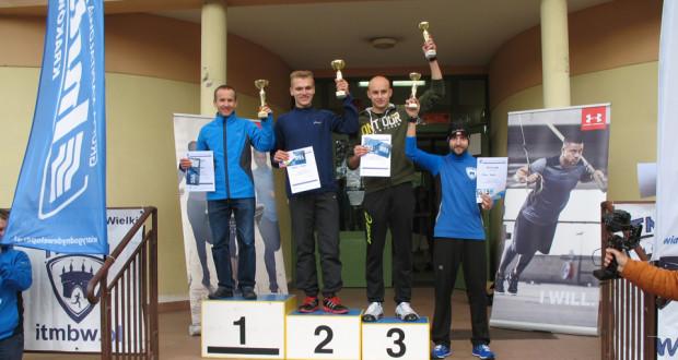 ROBERT MAKOWIEC wygrywa zawody w Krakowie.